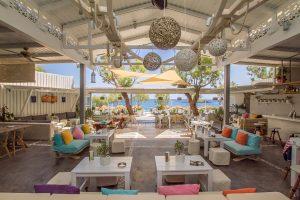 chilli - Finest Beaches & Bars in Santorini!