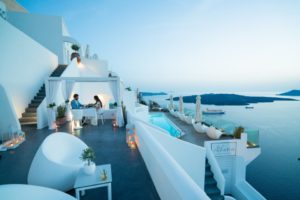 1290 - Foodies are adding Santorini to their gourmet itineraries!