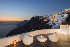 Screen Shot 2018 10 16 at 15.15.40 - Why Early Booking for Santorini Is The Best Idea