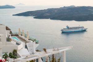 Screen Shot 2018 10 16 at 15.15.57 - Why Early Booking for Santorini Is The Best Idea