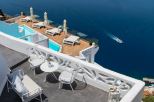 Screen Shot 2018 10 16 at 15.16.55 - Why Early Booking for Santorini Is The Best Idea
