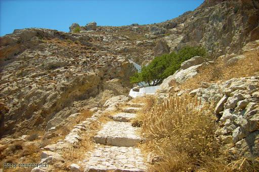 Ancient Thera Kamari hike